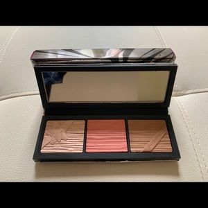 MAC limited edition face palette